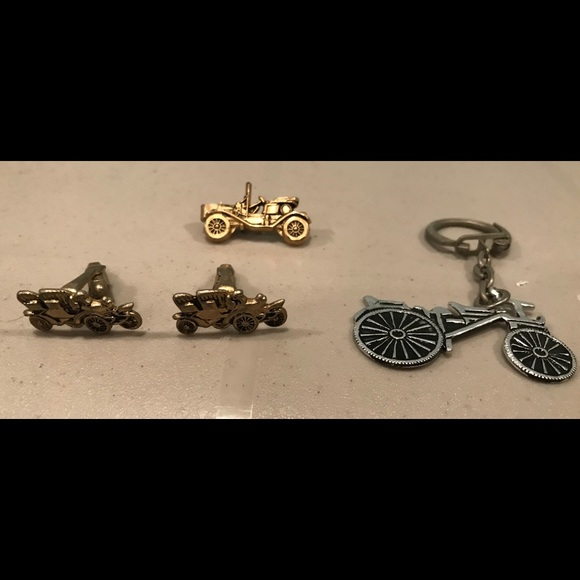 6590d9c9ef0e Vintage Tie Clip Cuff Links key ring Ford Model T.  M_5a6f8a79b7f72b927b7328ad